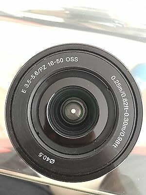 Sony SELP1650 E Mount - APS-C 16-50mm F3.5-5.6 Zoom Lens + a gift!