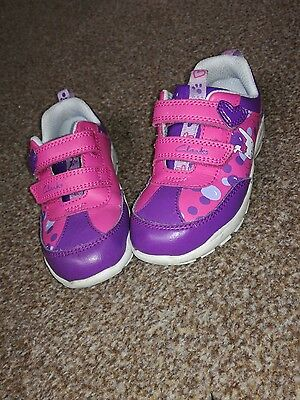 Toddler girls CLARKS trainers size 6f