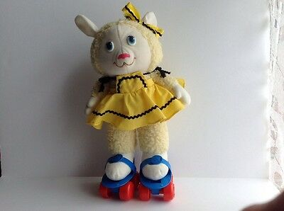 Vintage Tomy 1984 Get Along Gang Woolma Lamb Soft Toy With Skates