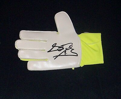 David De Gea Authentic Signed Goalkeepers Glove Manchester United / Spain Star