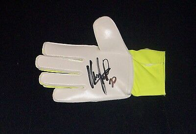 Sergio Romero Authentic Signed Goalkeepers Glove Manchester United Star
