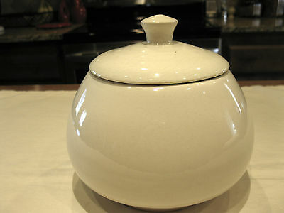 Vintage ROBINSON RANSBOTTOM POTTERY CO. Roseville Ohio JAR With LID No. 398 Nice