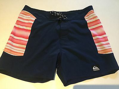 "Mens QUIKSILVER stretch board shorts size 34"" waist, immaculate REDUCED"