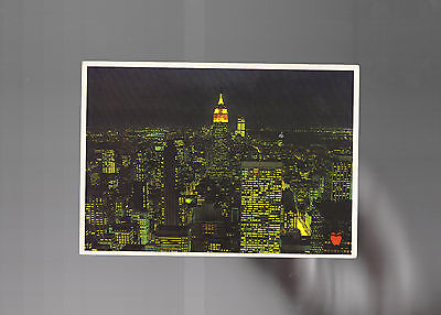 New York City. By Night. Manhattan Post Card.Empire State , World Trade Centre
