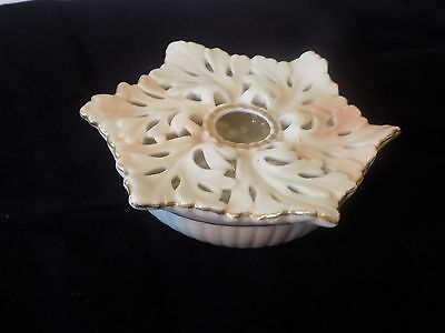 """ LOCKE & Co. WORCESTER "" PIERCED IVORY BLUSH POSY HOLDER 1898 - 1903."