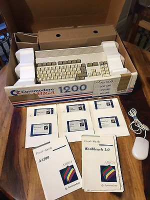 Commodore Amiga A1200 Fully Retail Boxed / Recapped