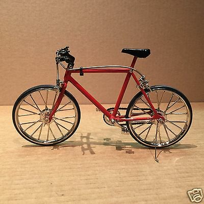 Diecast 1/6 Red Mountain Bicycle - Brakes and Pedals Working!