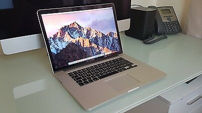 "Apple MacBook Pro with Retina display 15.4"" Laptop - late 2015 2.2ghz 256gb i7"