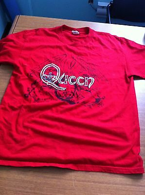 Used Queen Band Logo Fire Engine Red T-Shirt Size Large Queen Crest Excellent