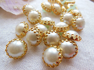 lot 12 buttons vintage style bell cap pearly white 0,9 cm on stand ref 1832
