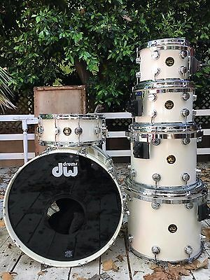 DW Collectors 6pc ~ All white ~ Vintage in 10/10 condition!