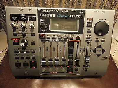 Boss Br-864  8 Track Digital Studio