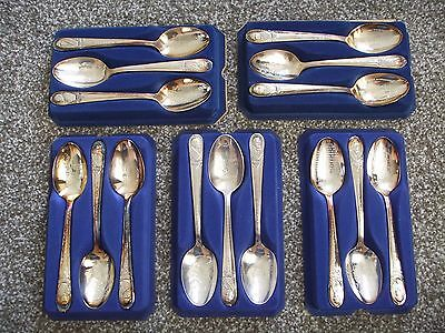 Vintage Lot of 15 Wm Rogers American Presidential Silver Spoons Case Collectible