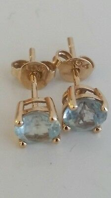 9ct Gold Pair of Studs Earrings with Blue Stones
