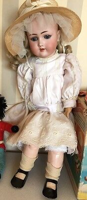 C.M. BERGMANN - SIMON & HALBIG - S&H Antique Bisque Doll Germany - 23""