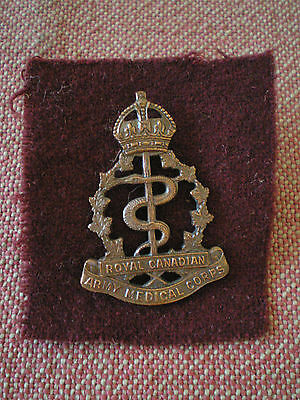 WW2 Royal Canadian Army Medical Corps Bronze Officer Cap Badge