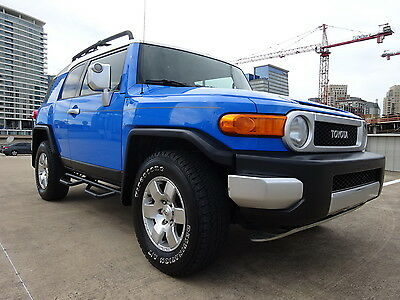 2007 Toyota FJ Cruiser FJ CRUISER 4X4 SUV 2007 TOYOTA FJ CRUISER V6 4.0L 4X4 GREAT CLEAN CONDITION 3 MONTHS EXT WARRANTY