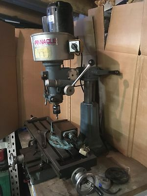 Single Phase 240v milling and drilling machine with vise - Collect from Bury