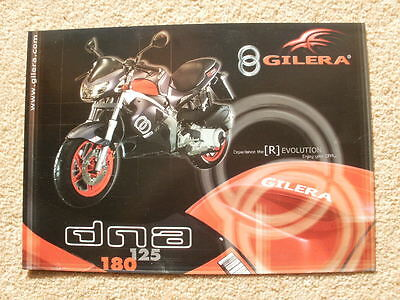Original Gilera DNA 125/180 brochure 2001