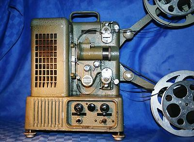 DITMAR 16mm & 8mm DUAL. VINTAGE MOVIE PROJECTOR. FOR DISPLAY OR TEACHING AID