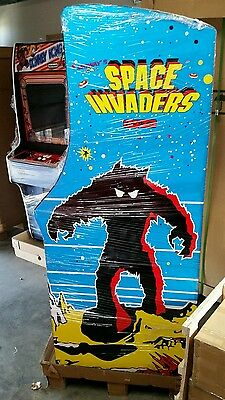 Arcade machine SPACE INVADERS  plays 60 classic games   Brand new