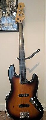 Fender Squier Vintage Modified Jazz Bass Fretless, NEARLY NEW *RRP £299*