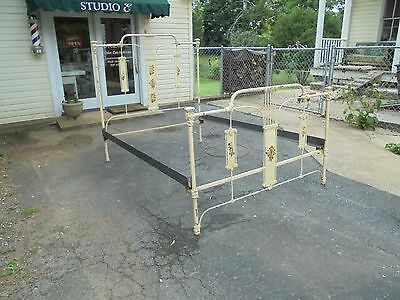 Vintage Antique Iron Full Bed!