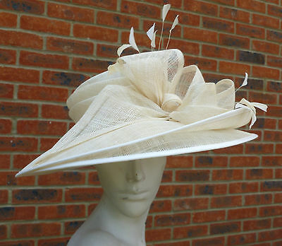 LADIES CREAM HAT by 'OCCASIONS' FAILSWORTH MILLINERY LARGE BRIM & BOW TRIM