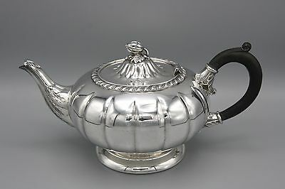 Old English Reproduction Tea Pot Silver Plated Hollowware Acorn Lid