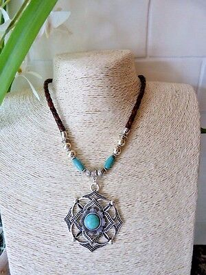 Southwest  Navajo pendant with Howlite on genuine leather Lagnelook necklace