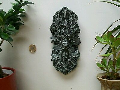 Celtic knot green wiccan pagan man garden ornament frost  proof hanging plaque