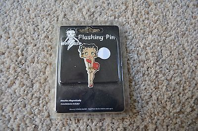 NEW Betty Boop Flashing Pin Brooch With Batteries and Lanyard