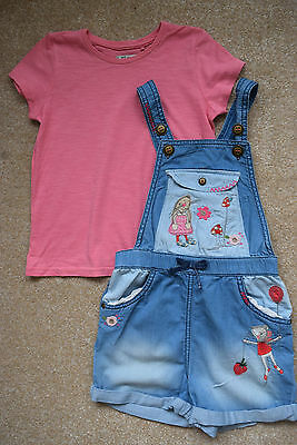 Next girls T-shirt and dungarees 4-5 years, great condition