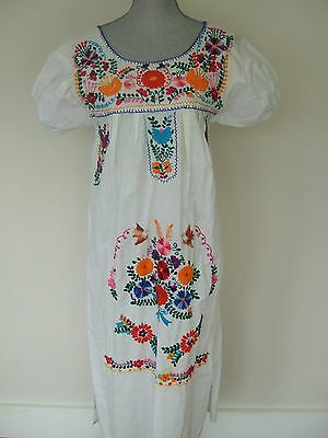 VTG Mexico White Cotton Floral Hand Embroidered Dress