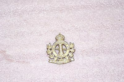 WWII 2 Canadian Army LE Regiment De Hull Cap Badge
