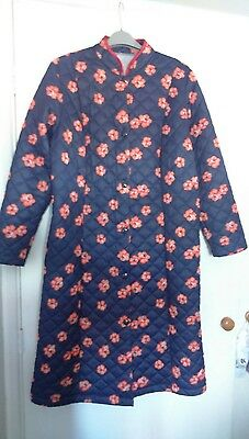 RETRO 1980's QUILTED DRESSING GOWN / HOUSE COAT SIZE 42""