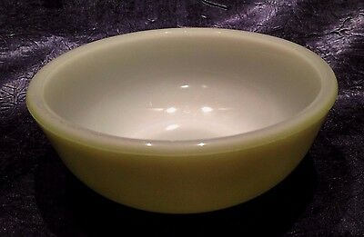 Vintage 1950-60s; Mid Avocado-Green on Opal-White Milk-Glass Cereal-Bowl