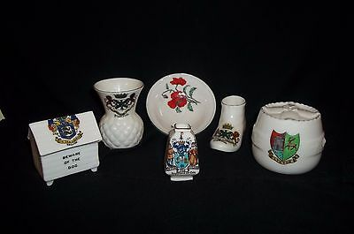 Collection of Crested China Arcadian x 4 Willow x 2