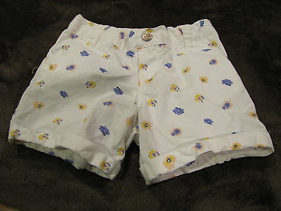 Girl's Old Navy White Floral Shorts Size 5T - Great Condition