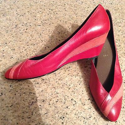 VINTAGE 80's Two Tone Red Leather Size 7 Wedge Heel Shoes Fun Quirky Unique Look