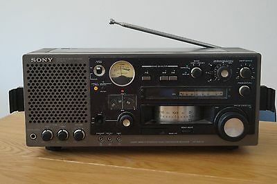 Sony ICF-6800W VINTAGE  IN GOOD WORKING CONDITION