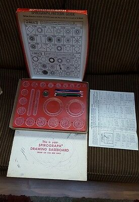 Kenner Spirograph Vintage 1967 No. 401 Complete with all Gears Instructions
