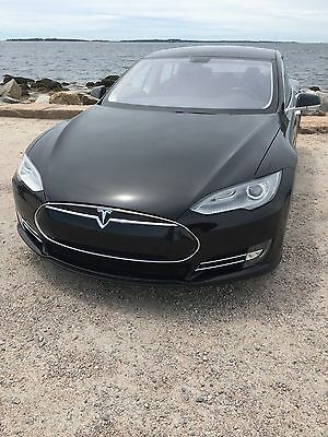 2013 Tesla Model S 60 2013 Tesla Model S FREE SUPERCHARGING FOR LIFE