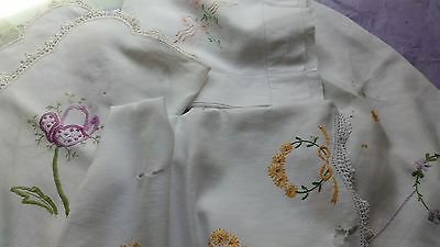 Vintage Hand Embroidered Doiiles - Craft Or Repair - 4 Large Pieces