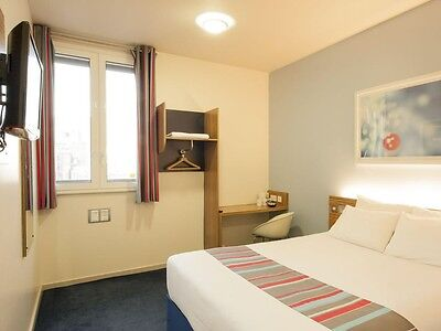 London Covent Garden Travelodge Double Room 14/8-18/8