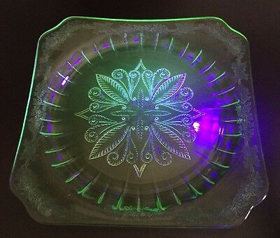 Uranium Green Glass Square Plate Flower & Leaf Pattern