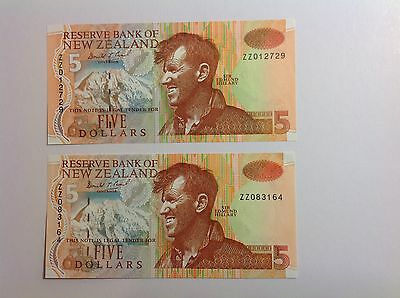 New Zealand Replacement ZZ $5 Banknote's - ZZ012729 and ZZ083164 -  grade UNC