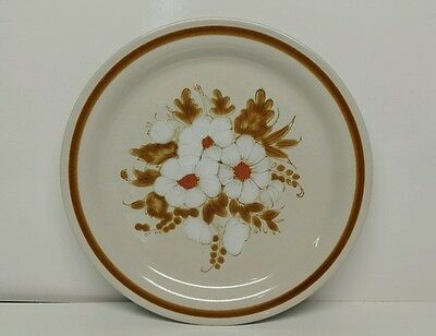 Vintage 1970's Mountain Wood Collection Stoneware Dried Flowers Dinner Plate