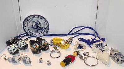 Lot of Vintage to newer Dutch Delft Holland jewelry &nic nacs. Shoes Clogs. #246