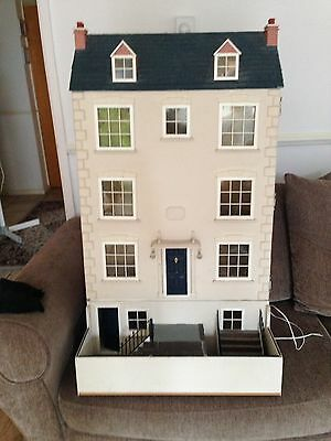Pre Owned 12th Scale Large Dolls House